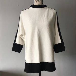 Chico's black and off-white block top